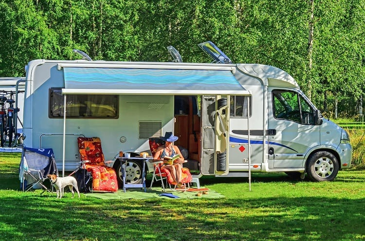 CAN YOU PRESSURE WASH RV AWNING?