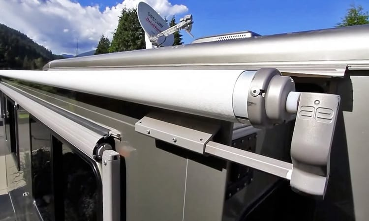 Signs You Need to Replace Your RV's Awning