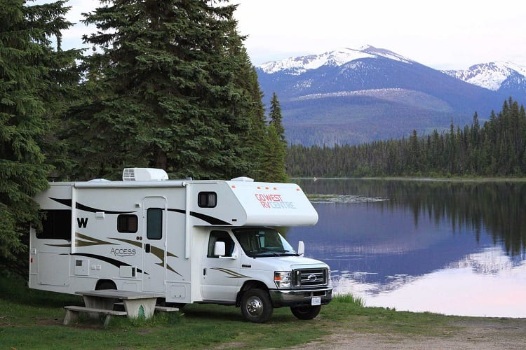 SHOULD YOU LEAVE YOUR RV PLUGGED IN ALL THE TIME?